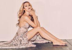 Blake-Lively-Sexy-Celebrity-Legs-Zeman-00057.jpg (800×557)