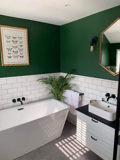 Warm Bathroom, Laundry In Bathroom, Diy Bathroom Decor, Bathroom Interior Design, Washroom, Space Saving Bathroom, Scandinavian Style Home, Beautiful Bathrooms, Bathroom Inspiration