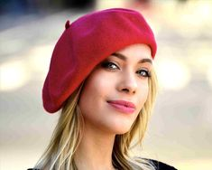 9b31fee0f0e Red Beret To Buy - funny mime in red beret appear near smiling girl in red