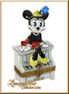 Minnie Mouse on Piano Disney (Artoria)