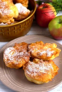 Tag: drożdżowe racuchy Kobieceinspiracje.pl Polish Recipes, New Recipes, Biscuits, French Toast, Goodies, Food And Drink, Sweets, Cooking, Breakfast