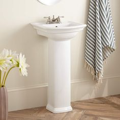 "Mini-Washington+Porcelain+Pedestal+Sink+-+4""+Centers"