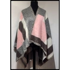Pink and Grey Woolen Cape Sale Items, Pink Grey, Casual Wear, Cape, Kimono Top, Suits, How To Wear, Stuff To Buy, Collection