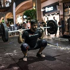 Bring your mobility to the next Level in 2017 with these 10 tips https://www.boxrox.com/mobility-2017/ #Box#boxrox#crossfit#crossfitmeme#crossfithumour#funny#functional#quotes#sports#fitness#crossfitmeme#crossfitgirls#ghogh#motivation#traindirty#passion#love#wod#weightlifting#workhard#workout#earnit#christmas#2017#