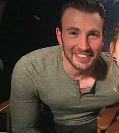"#ChrisEvans - Chris Evans❤ (@smile.evanns) on Instagram: ""Happy Birthday!!! ❤ Muitos e muitos anos de vida, que continue tirando o fôlego de seus fãs com…"""
