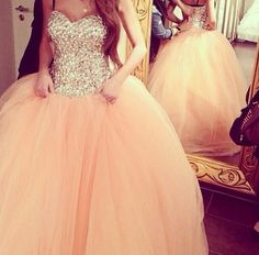 I adore this dress...it's so pink and poofy!