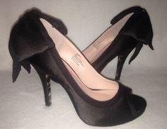 Betsey-Johnson-Caseyy-Black-Satin-Bow-Heels-Size-6M