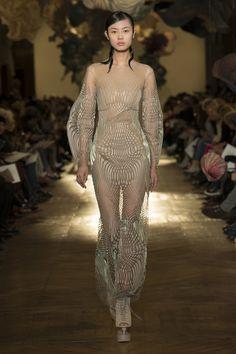 Défilé Iris Van Herpen Haute Couture printemps-été 2018 4