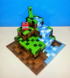Awesome Minecraft Cake via http://thomclan.blogspot.co.uk My youngest has requested similar for his birthday. If I start now I might just manage it! #minecraft #cake: