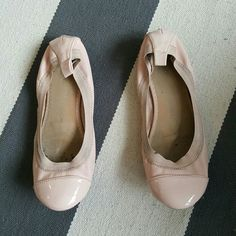 Old Navy 8 pink flats Size 8 Worn a few times Moderate discoloration Old Navy Shoes Flats & Loafers