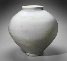 Moon jar | Museum of Fine Arts, Boston Antique Pottery, Ceramic Pottery, Pottery Art, Ceramic Art, Korean Pottery, Moon Jar, Clay Jar, Korean Art, Stoneware
