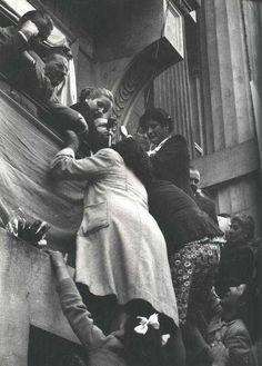 Foto original de Evita en Rosario, 30 de setiembre de 1948 President Of Argentina, A Little Night Music, Santa Cecilia, Billy Elliot, All About Eve, Clint Eastwood, Queen Of Hearts, The Past, In This Moment