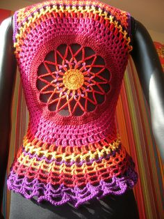 Flower Mandala Crochet Waistcoat Fire Flower Mandala Crochet Waistcoat -- as usual, more astounding work from Babukatorium! So inspiring!Fire Flower Mandala Crochet Waistcoat -- as usual, more astounding work from Babukatorium! So inspiring! Crochet Coat, Crochet Shirt, Crochet Jacket, Crochet Cardigan, Love Crochet, Beautiful Crochet, Crochet Yarn, Crochet Clothes, Mandala Crochet