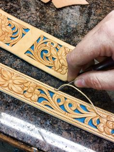 Leather Stamps, Leather Art, Sewing Leather, Leather Pattern, Leather Tooling, Leather Jewelry, Tooled Leather, Leather Craft Tools, Leather Projects
