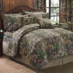 Camo Comforter Set on Sale | Realtree Xtra Green Bedding