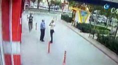 "Polisin şehit olma anı kamerada!  ""Polisin şehit olma anı kamerada!"" http://fmedya.com/polisin-sehit-olma-ani-kamerada-h47647.html"