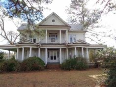 Built Circa 1895, this stately old home is ready for restoration. Step back in time with the wonderful wrap around porch and unique charm of this home. It features4 or 5 bedrooms, 1 bath, kitchen, living room, sitting room, an enclosed back porch, beautiful staircase, mantles, wood floors and other charming features. The home is in need of repairs and is ready for someone to bring it back to its original beauty. To be sold AS IS. Situated on a large 1.14 acre lot in the small town of Rich…