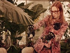 Pre-fall 2016's campaign unfolds in an aviary full of curiosities.