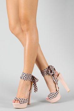 Cute summer shoe.