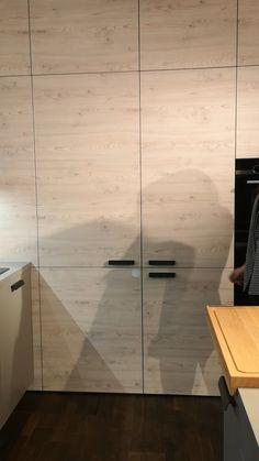 Modern Kitchen Cabinets, Smart Kitchen, Kitchen Furniture, Kitchen Interior, Home Decor Bedroom, Living Room Decor, Küchen Design, House Design, Hidden Pantry