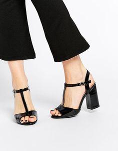 New Look Wide Fit | New Look Wide Fit Block Heel Sandal at ASOS
