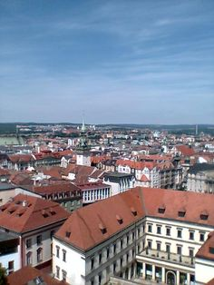 House rental contract in Slovakia and Czechia - Eastern Europe Expat Eastern Europe, Czech Republic, Paris Skyline, House, Travel, Viajes, Home, Destinations, Traveling