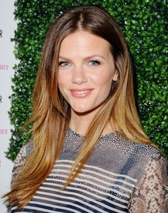 Brooklyn Decker's colorblocked hair color. See more celebrity ombré styles when you click! #longhair