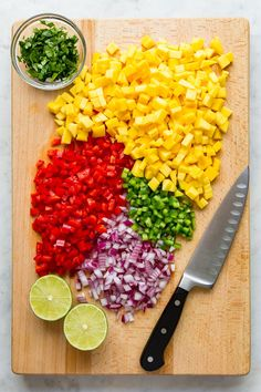 Fresh Mango Salsa with only 7 ingredients is so easy to make and delicious! Recipe comes together in 15 minutes and is perfect scooped up with chips or topped on tacos or served as a side to burrito bowls. Mango Recipes For Dinner, Mango Salsa Recipes, Summer Recipes, Fresh Mango Chutney Recipe, Salmon With Mango Salsa, Mango Avocado Salsa, Guacamole, Vegan Burrito, Chipotle Burrito