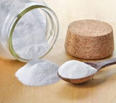 Como fazer um esfoliante de bicarbonato de sódio. O bicarbonato de sódio foi introduzido mundo da cosmética natural e são muitos os truques de beleza que podem ser realizados com ele....