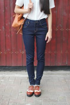 wingtips & high-waisted jeans