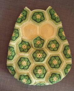 Ravelry: Annagurumi's Maggie the African Flower Owl Pillow Crochet Pattern