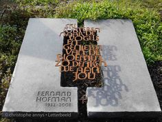grafsteen: arduin en corten staal. Architecture Details, Architecture Art, Tombstone Designs, Spring Grove, The Last Laugh, Calligraphy Letters, Art Furniture, Cemetery, Leather Craft