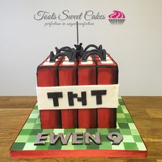 Superher Minions Birthday Cake Toots Sweet Cakes Pinterest