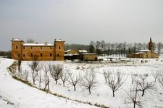 Antica Corte Pallavicina, Italy in the snow