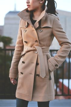 Classic #burberry Daylesmoore wool trench coat