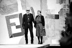 Milan Fashion Week, Women Fall Winter 2011/2012. Moda Donna, Autunno Inverno 2011/2012. Parterre FENDI. Nella foto: Carl Lagerfield, Silvia Venturini     awesome! repin pls!