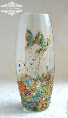 """Buy and order Vase """"Flying Butterfly"""". Stained glass painting on Livemaster online shop. Shipped over Russia and the CIS. Production time: 5-10 days. Materials: Vase glass, the contours on the glass,…. Dimensions: Height 26 cm, diameter 10 cm"""