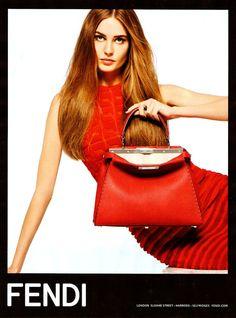 Campaña SS14 FENDI con Nadja Bender  Foto: Karl Lagerfeld Campañas publicitarias moda primavera verano 2014
