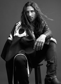 Zach McGowan plays Captain Charles Vane in Black Sails Zack Mcgowan, Beautiful Men, Beautiful People, Pirate Adventure, Pirate Life, Treasure Island, Actors & Actresses, Sexy Men, Hot Guys