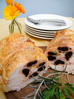 Pollo relleno (Stuffed Chicken Roll with Ham, Cheese and Prunes)