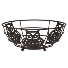 Nest your favorite fruit with this captivating fruit basket. Made from heavy weight powder coated steel wire, it features a charming owl design that is perfect for nature enthusiasts or bird lovers. Perch it on top of your table or countertop for a fun conversation piece worth hooting about.