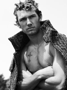 Alex Pettyfer, so hot. Alex Pettyfer, Magic Mike, Beautiful Men, Beautiful People, Eric Bana, Attractive Guys, Christian Grey, Actor Model, Perfect Man