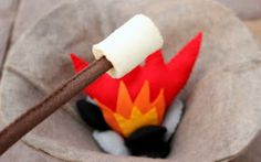 @Mama's Felt Cafe: Felt Marshmallow and Roasting Stick Tutorial