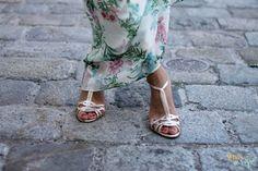 WIEN EN VOGUE-Maxi-dress from Bershka. Shoes from Massimo Dutti