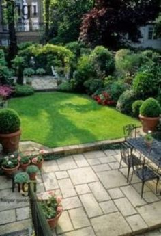 Harpur Garden Images Ltd :: Small formal town garden with paved patio, din… – gardening ideas backyard Front Yard Landscaping, Backyard Patio, Landscaping Ideas, Backyard Ideas, Landscaping Software, Back Yard Patio Ideas, Sunken Patio, Inexpensive Landscaping, Paving Ideas