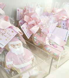 Food | Christmas At Peggy Porschen Cake Parlour | VVNightingale