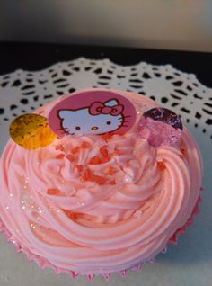 10 Hello Kitty bath cupcake fizzie party by HeartWarmerCandles