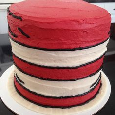 Cat In The Hat smash cake, Dr.  Seuss cake