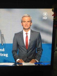 German news guy looks like old and grey Barney Stinson O_o