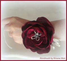 Bratari domnisoare de onoare cu flori artificiale